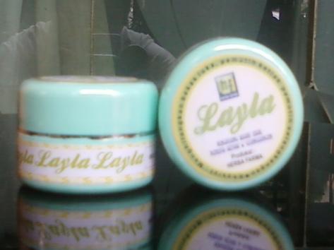 layla cream herbal alami pemutih selangkangan ketiak jerawat bekas cacar diskon murah eceran grosir